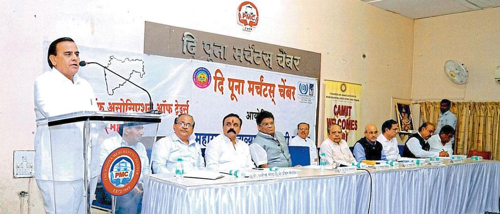 Popatlal Ostwal, President of TPMC addressing a meeting of traders on Thursday in Market Yard