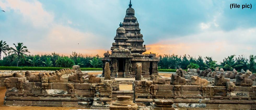 Mahabalipuram temple at Twashta Kasar Ganesh Mandal