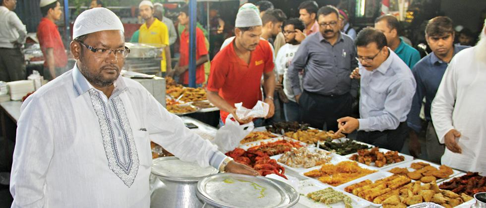 Relish mouth-watering delicacies during Iftaar