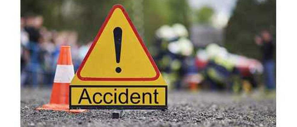 10 persons injured after truck rams into vehicles