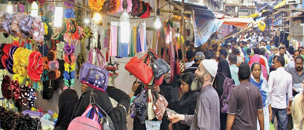 Markets in Camp area saw heavy rush on the eve of Eid-ul-Fitr on Sunday, as  people went about finishing their minute shopping. Eid-ul-Fitr will be celebrated on Monday.