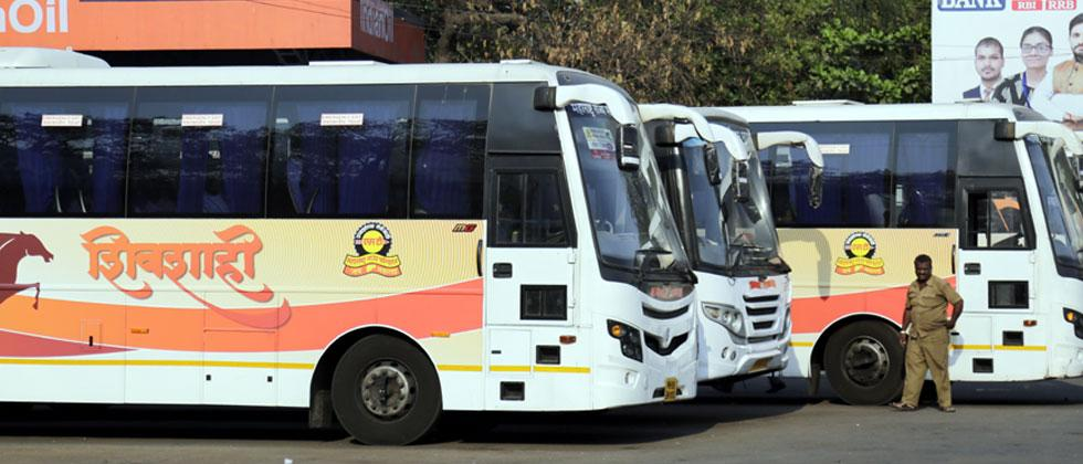 Passengers prefer private bus service to Shivshahi