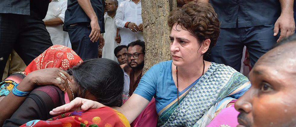 Family members of Sonbhadra clash victims meet Priyanka at UP guesthouse