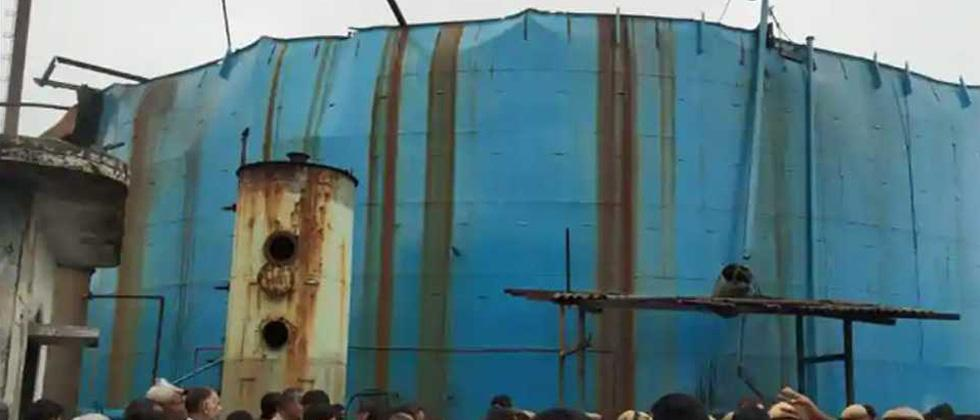 Six labourers injured in explosion in petro-chemical factory