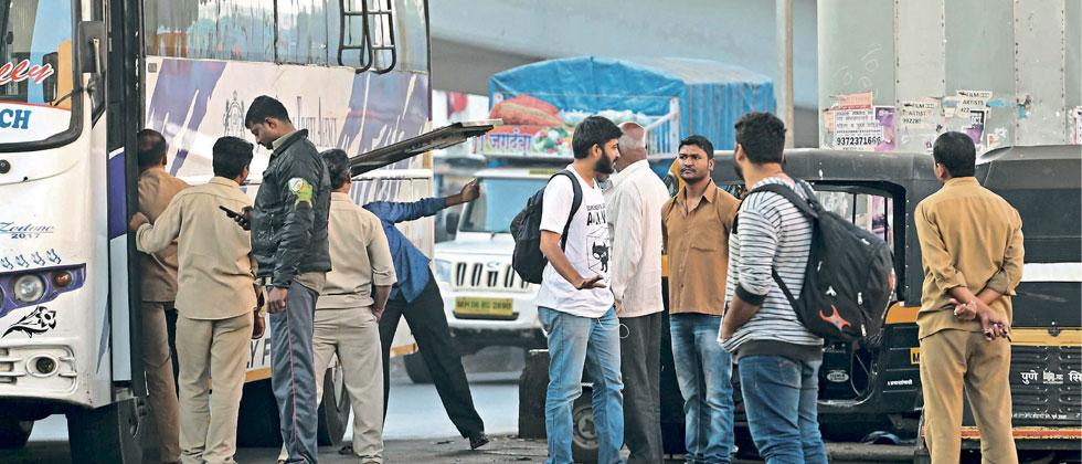 Auto drivers overcharging in Swargate