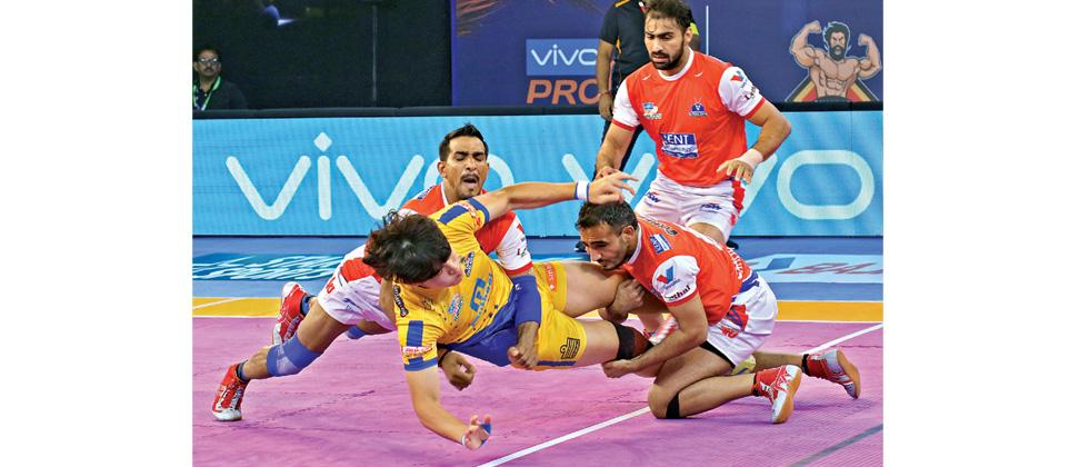 Raider Dong Geon Lee of Tamil Thalaivas in action against Haryana Steelers at The Arena Stadium in Ahmedabad on Wednesday.
