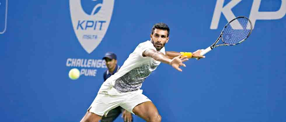 Prajnesh stuns Radu in semis