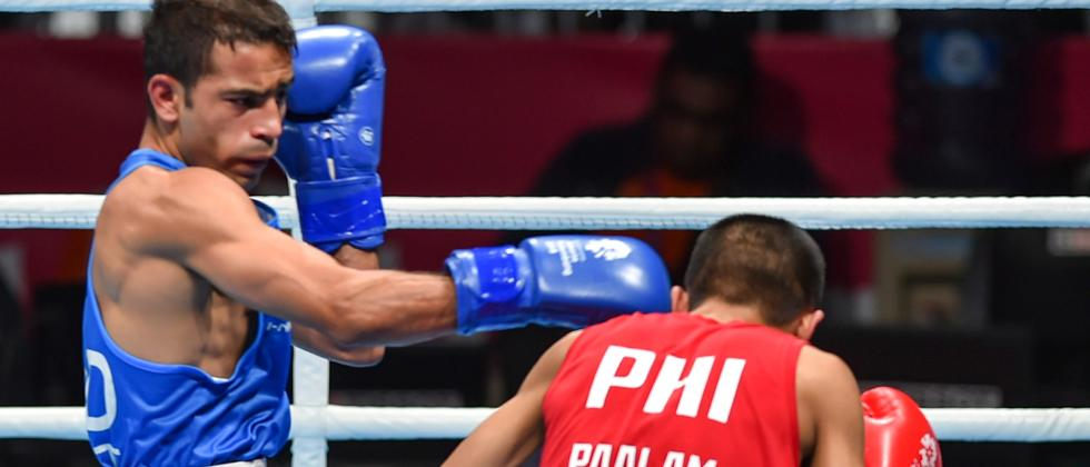 Amit lone boxing gold hope after Vikas opts out to settle for bronze