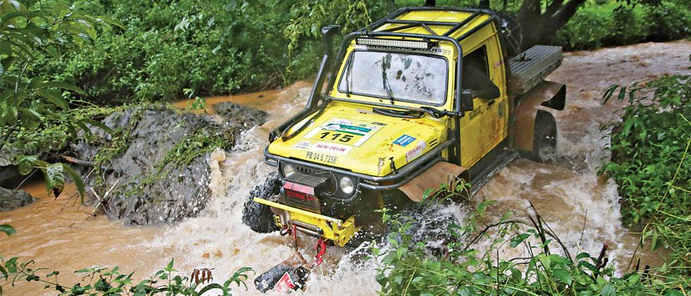 A vehicle negotiating Special Stages on Day 1 of the Isuzu RFC India 2018 in Goa