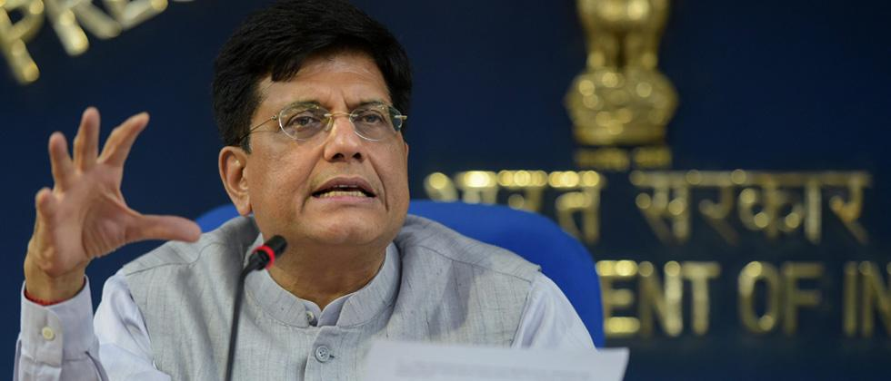 Govt rules out 'knee-jerk' reaction to tackle rupee fall