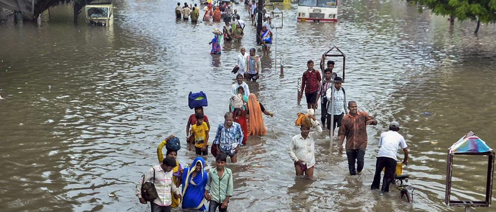 465 dead in 5 states due to rains, floods during monsoon