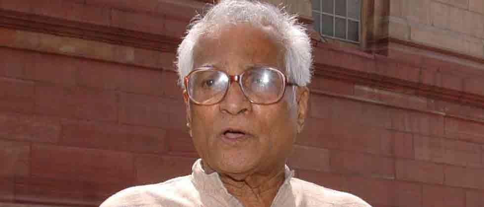 George Fernandes passes away after prolonged illness