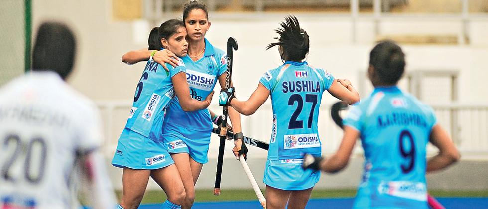 Indian women's team beat Malaysia to seal series 4-0