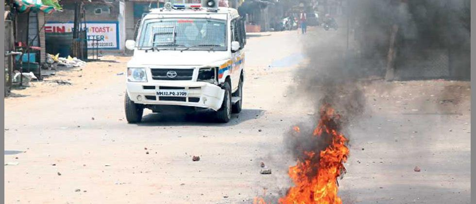 Riot-hit Aurangabad tense, internet services restored
