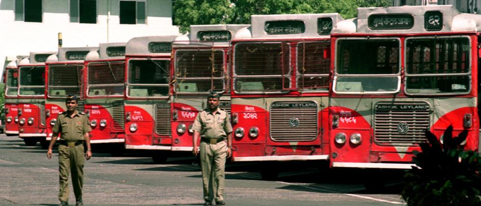 BEST strike creates chaos in Mumbai on Rakhi Day