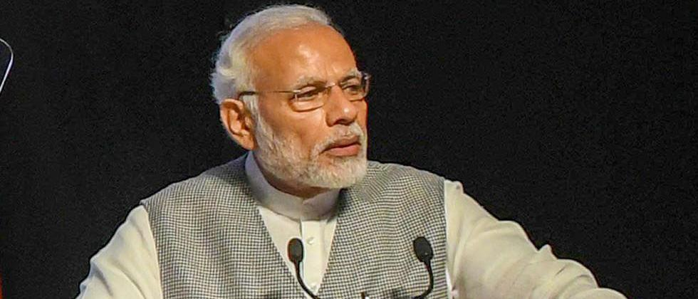 "Modi targets Cong, Gandhis' ""selfish interests"" for Emergency"