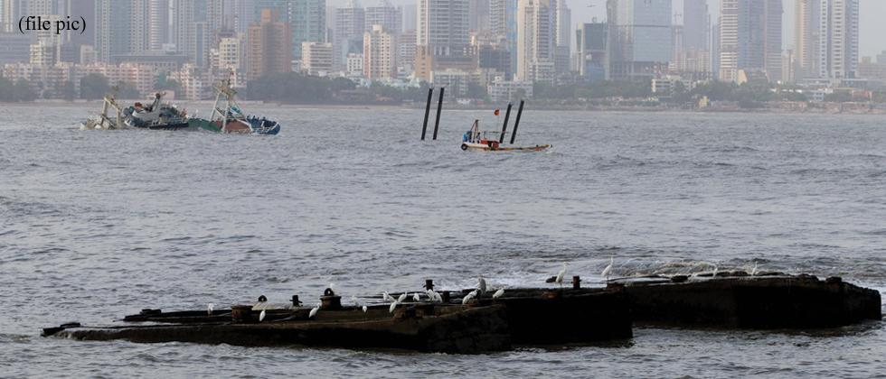 6 rescued, 1 missing in tug boat capsize off Mumbai coast