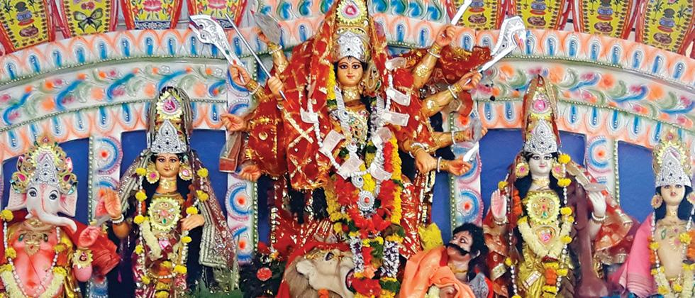 Maithils from Bihar keep tradition of Durga Puja alive