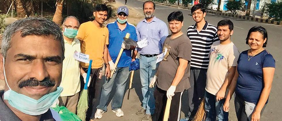 Techies from Hinjawadi initiate clean-up campaign
