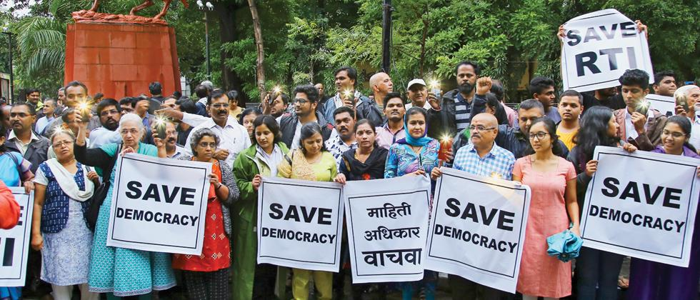 Activists protest amendments in RTI Act