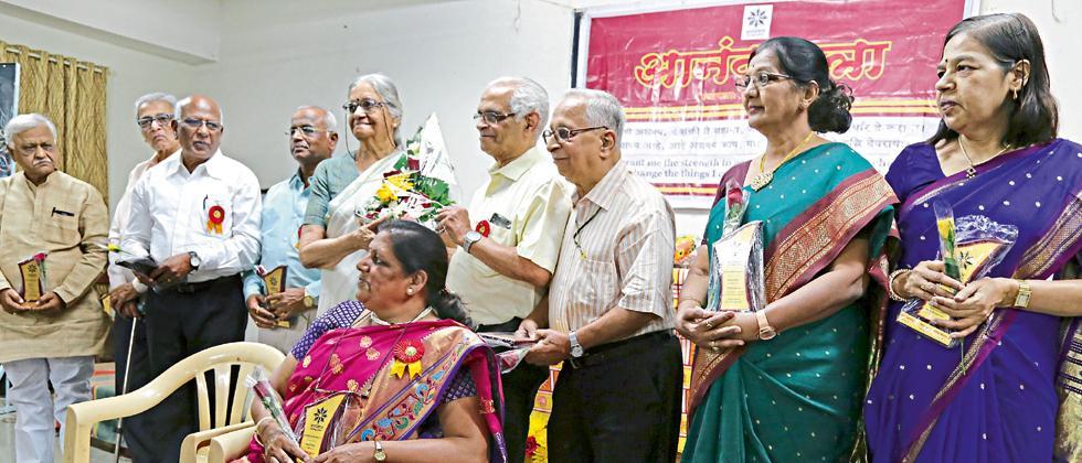 Anand Yatra celebrated its 10th anniversary at Sadashiv Peth on Sunday.