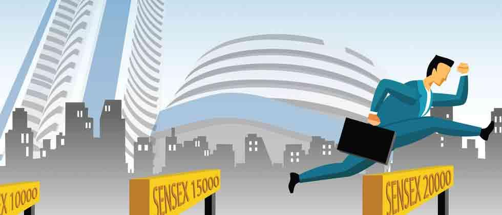 Sensex rebounds 332 pts on easing crude, rupee gains