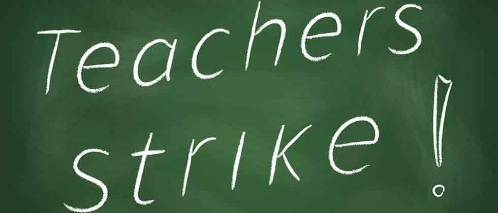 Moderate response to varsity, college teachers' strike in city