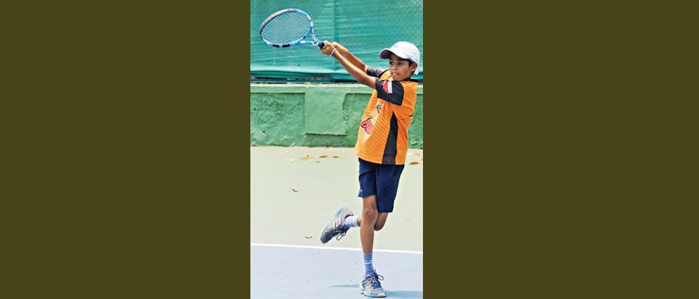 Navya and Anjali score upset wins