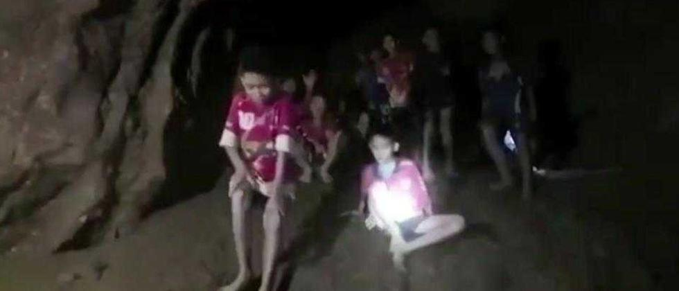 Long rescue ahead for Thai cave boys