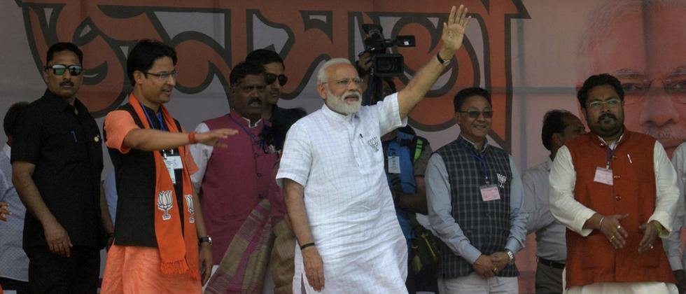 LokSabha 2019: Mamata a speedbreaker in West Bengal's development: Modi