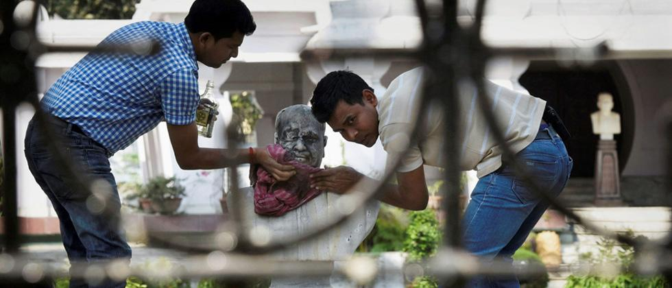Syama Prasad Mukherjee's statue vandalised in Kolkata, 6 detained