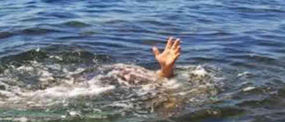 6 drown as boat capsizes in Narmada river