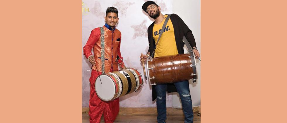 The dhol and the console