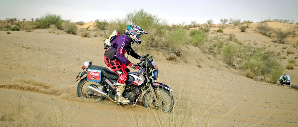 RTVS Racing rider Rajendra RE in action during Day 2 of the Maruti Suzuki Desert Storm rally in Jaisalmer