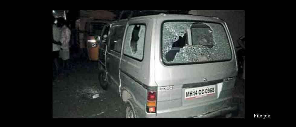 17 vehicles damaged by miscreants in Karve Nagar