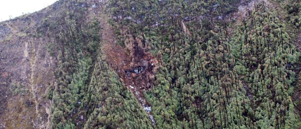 All 13 people on board dead in AN-32 crash