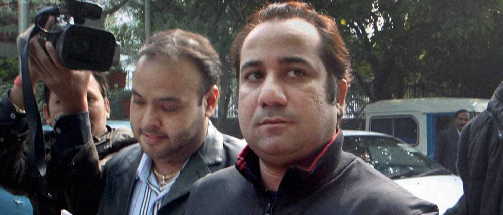 ED charges Pak singer for violating Indian forex law; issues show cause
