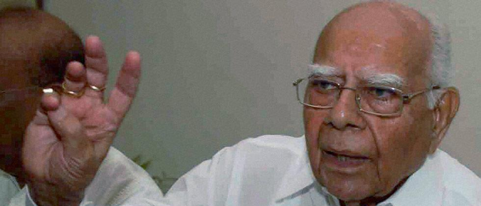 Ram Jethmalani moves SC against Karnataka Guv's decision inviting BJP to form govt