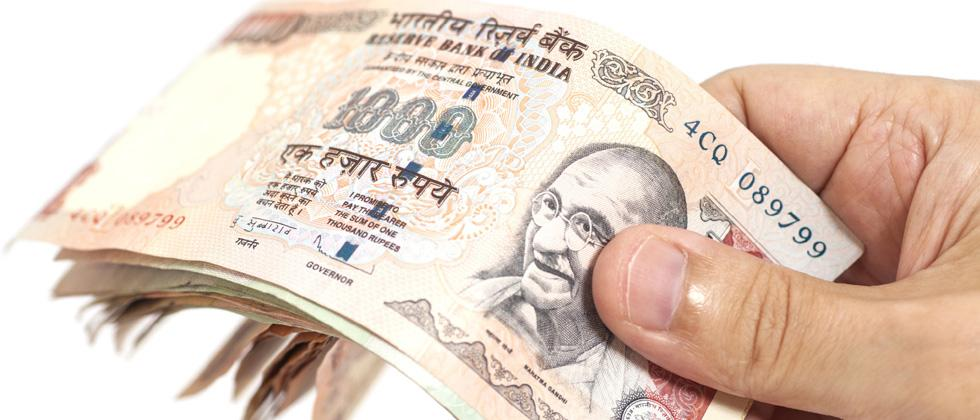 SC gives Centre, RBI time to devise plan for depositing demonetised currency