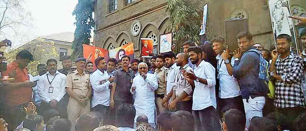 Denial of lecture leads to row at Fergusson College