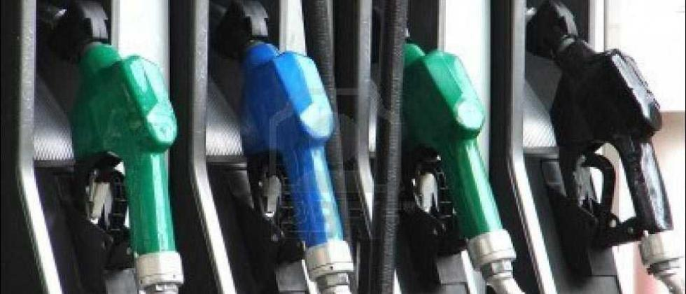 Diesel prices unchanged for 3rd straight day; petrol down 8 paise
