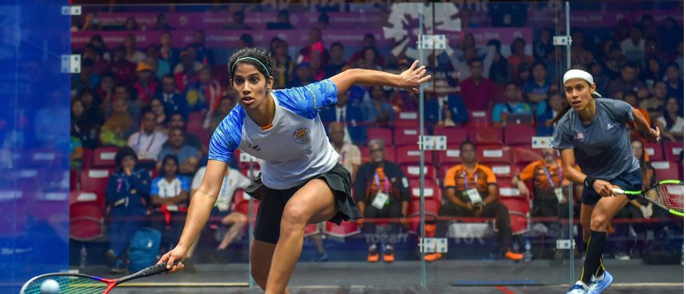 Joshna stuns Nicol David to set up India's gold hunt in squash