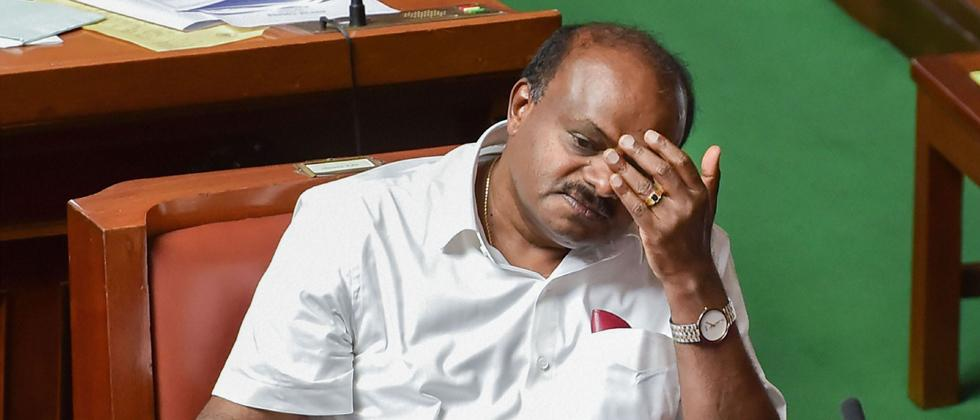 Kumaraswamy loses confidence vote in the Assembly