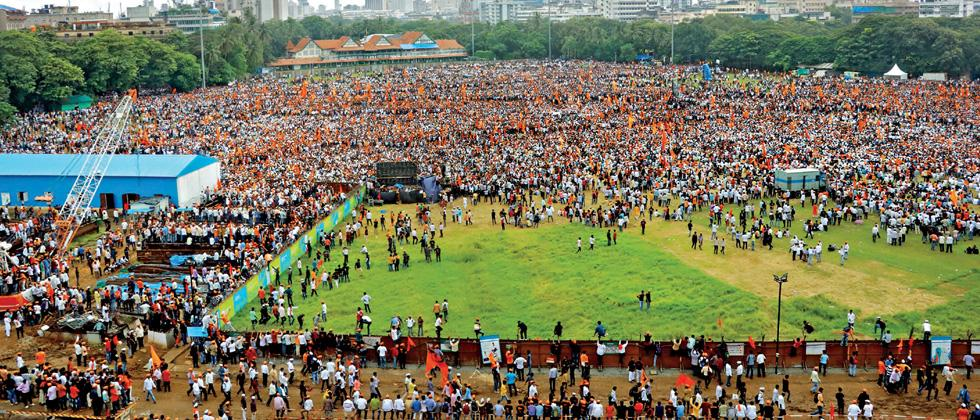 Lakhs attend Maratha morcha in Mumbai