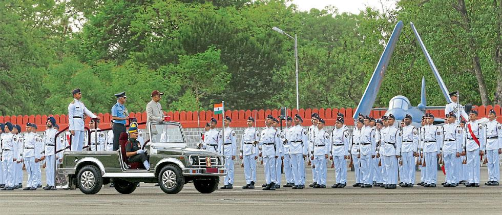 President Ram Nath Kovind reviewing the Passing Out Parade