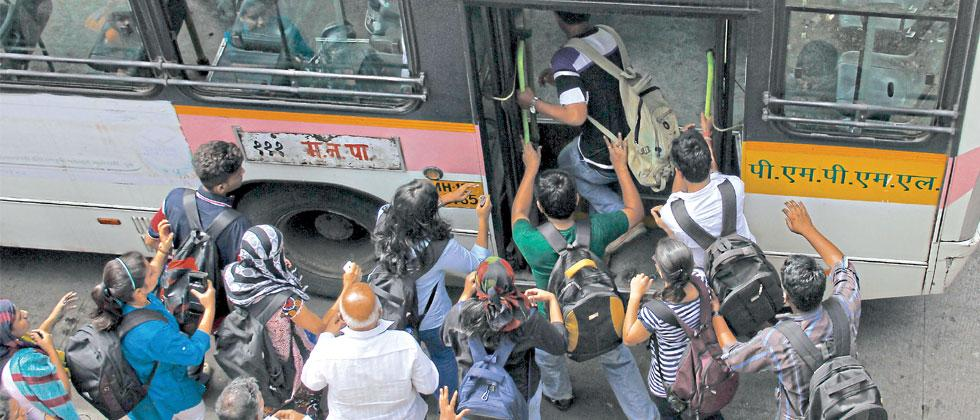 PMPML to mark bays to ensure buses halt properly