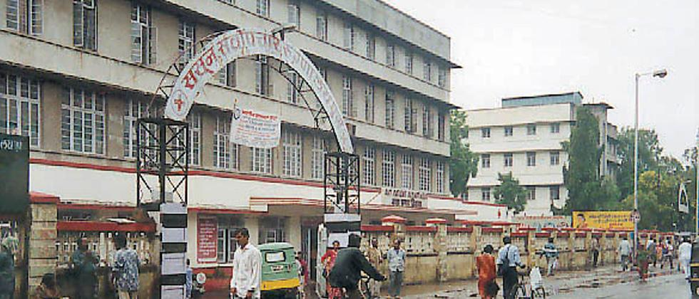 Bodies of 2 women swapped at Sassoon General Hospital