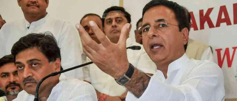 PM put pressure on EC to delay press conference