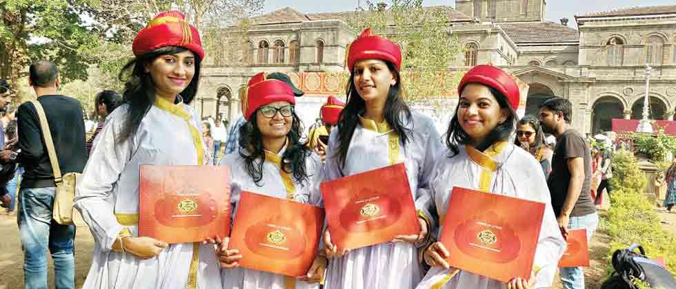 Over a lakh students graduate from SPPU