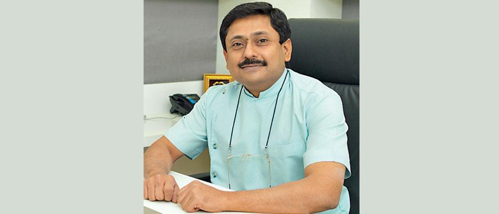 Pune based orthodontist Dr Shailesh Deshmukh